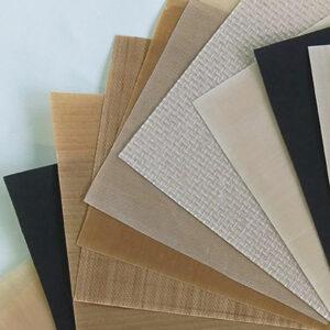 Várias amostras de tecidos revestidos com PTFE antiaderente